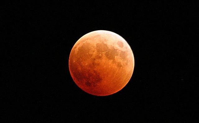 gerhana bulan (pixabay)